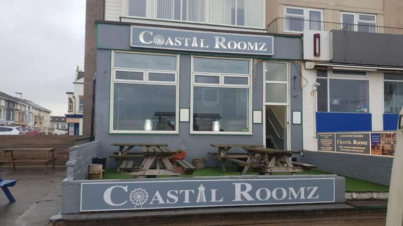 17 Bedrooms Hotel Gust House for sale in Coastal Roomz Hotel, 275 Promenade, Blackpool, FY1 6AJ