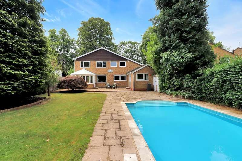 5 Bedrooms Detached House for sale in Heathfield Road, High Wycombe, HP12