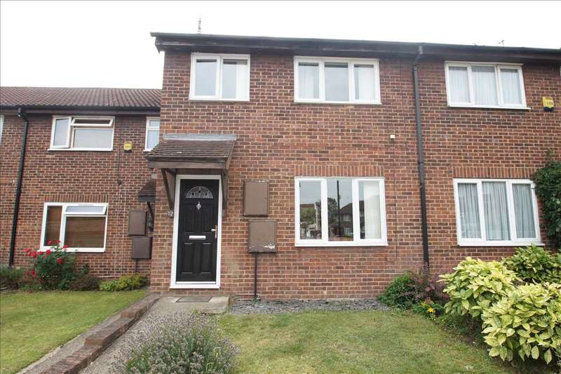 3 Bedrooms Terraced House for sale in Avebury, Cippenham, Slough
