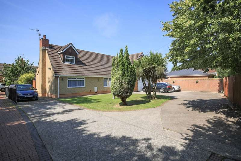 5 Bedrooms Detached Bungalow for sale in Marshfield Road, Marshfield, Cardiff