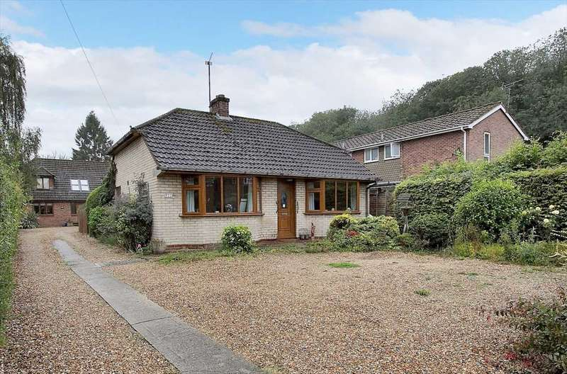 2 Bedrooms Bungalow for sale in Bell Street, Whitchurch