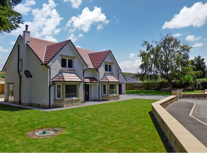 4 Bedrooms Property for sale in 15 South Road, Wooler, Wooler, Northumberland, NE71 6QE