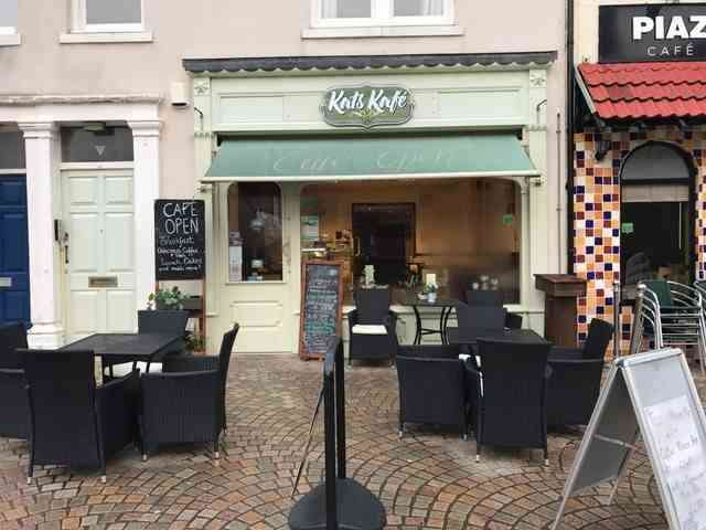 Property for rent in Kats Kafe, 9 Cedar Square, Blackpool, FY1 1BP