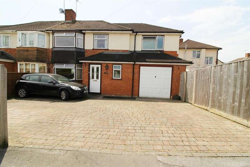 4 Bedrooms House for sale in Chiltern Road, Caversham, Reading
