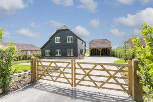 4 Bedrooms Detached House for sale in Crockstead Green Farm, Halland, Lewes, East Sussex
