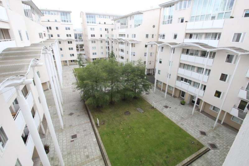 3 Bedrooms Flat for rent in Royal Quay, City Centre, Liverpool, L3 4ET