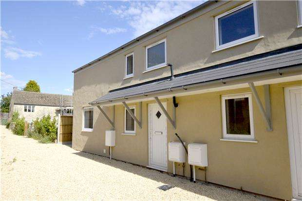 3 Bedrooms Semi Detached House for sale in Main Road, Whiteshill, Stroud, Glos, GL6 6AE
