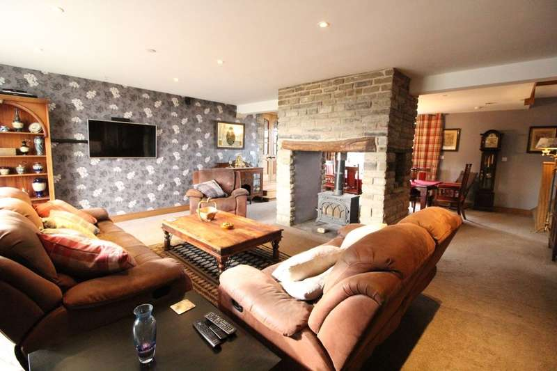 6 Bedrooms Property for sale in Crawshawbooth, Rossendale, BB4