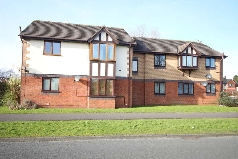 2 Bedrooms Ground Flat for sale in Ashtongate, Ashton-on-ribble