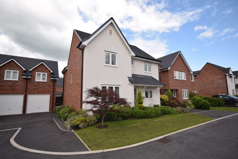 4 Bedrooms Detached House for sale in Blackberry Gardens, Crewe, Cheshire, CW4