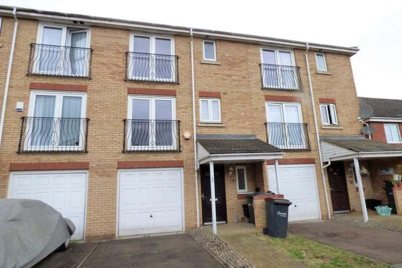 4 Bedrooms Town House for rent in Primrose Cl, Luton, Bedfordshire, LU3 1EY