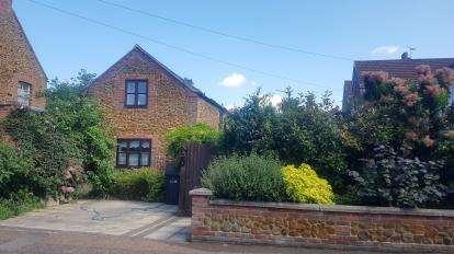 3 Bedrooms Semi Detached House for sale in Hunstanton, Norfolk