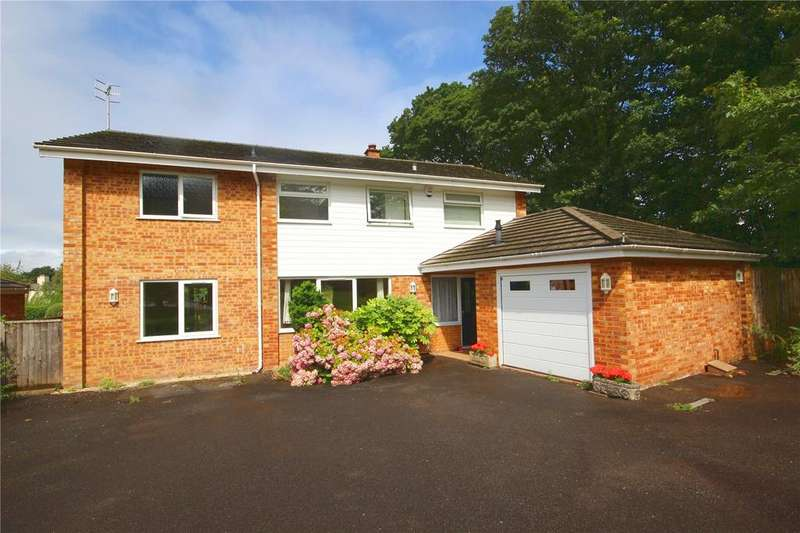 4 Bedrooms Detached House for rent in Ferndown Close, Kingsweston, Bristol, BS11