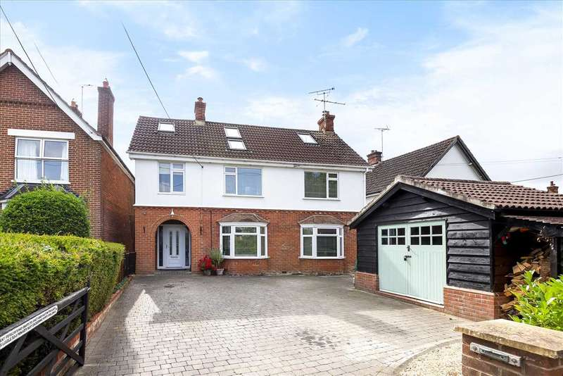 5 Bedrooms Detached House for sale in Barlows Lane, Andover