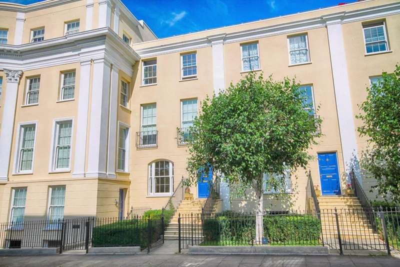2 Bedrooms Flat for sale in Priory Street, Fairview, Cheltenham, GL52
