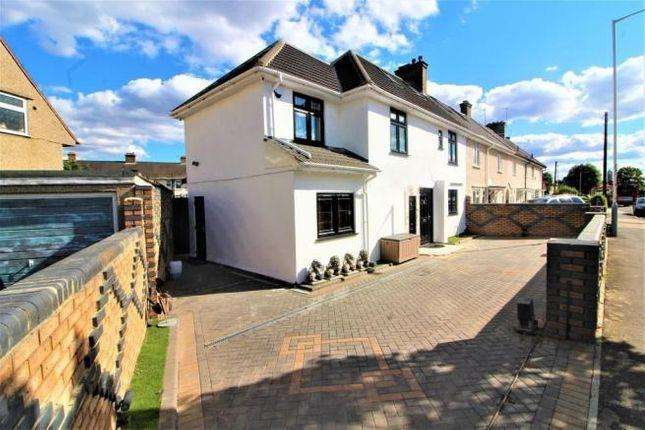 5 Bedrooms Semi Detached House for sale in Church Road, Hayes