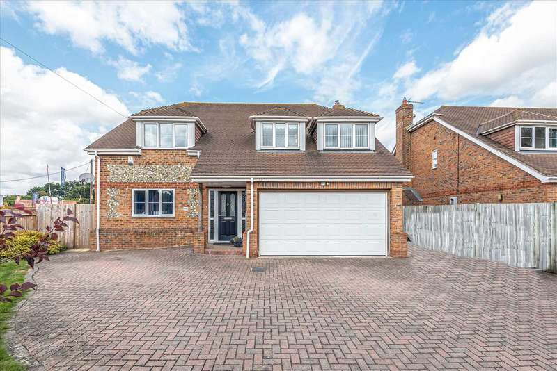 5 Bedrooms Detached House for sale in Millbrook, Walworth Road, Andover