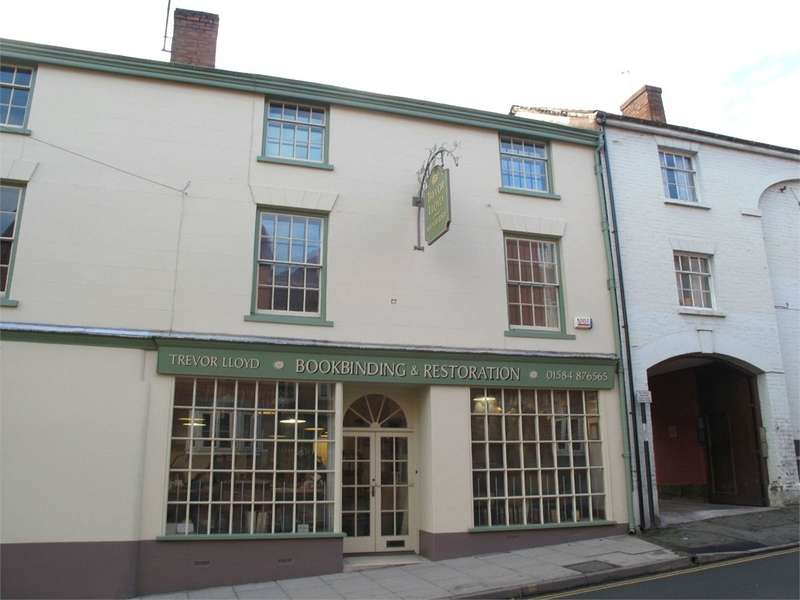 3 Bedrooms Flat for rent in The Bindery Flat, 12 Old Street, Ludlow, Shropshire, SY8