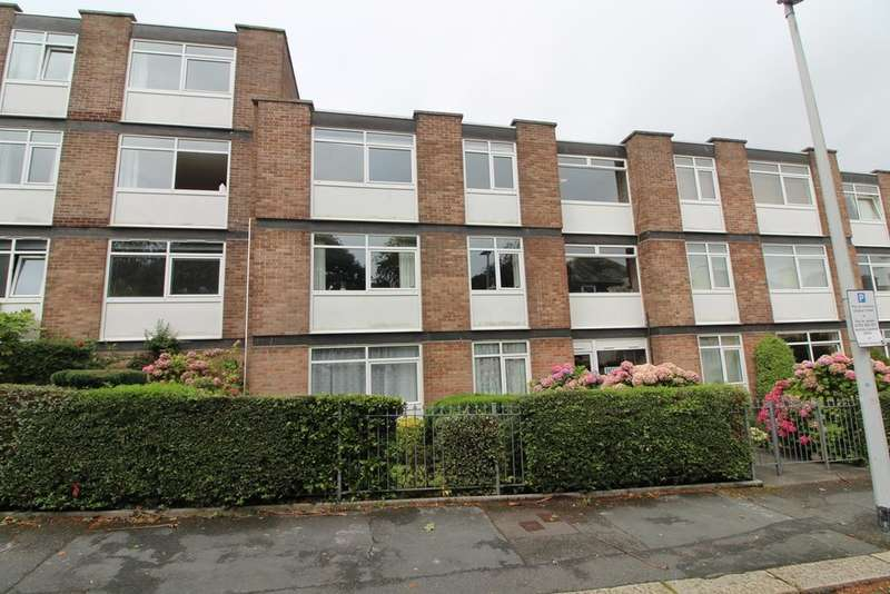 2 Bedrooms Flat for sale in Lockyer Street, Plymouth
