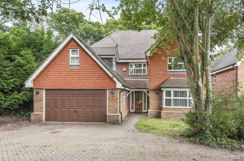 7 Bedrooms Detached House for rent in Lime Avenue, Camberley, GU15