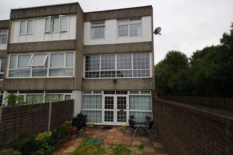 4 Bedrooms House for sale in Seacourt Road, London, SE2
