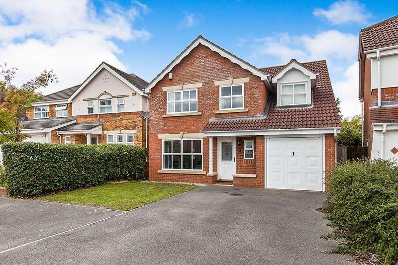 5 Bedrooms Detached House for sale in Furzedown Close, Egham, Surrey, TW20