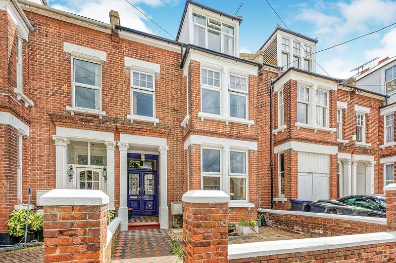 5 Bedrooms House for sale in Tyndale Park, Herne Bay, Kent, CT6
