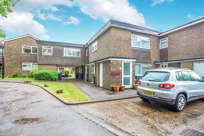 1 Bedroom Apartment Flat for sale in Kitters Green, Abbots Langley, Hertfordshire, WD5