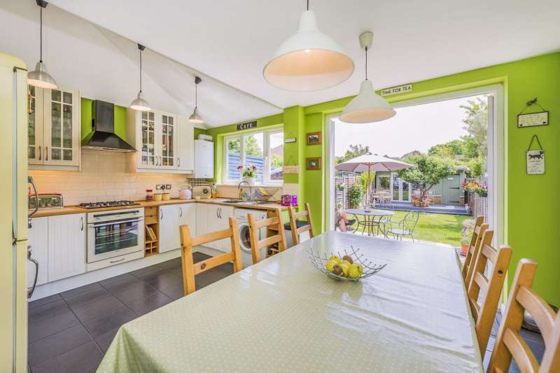 2 Bedrooms House for sale in St. James Road, Carshalton, Surrey, SM5