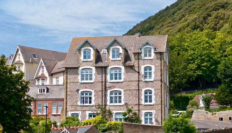 1 Bedroom Serviced Apartments Flat for rent in **HOLIDAY LET**, 377 PER WEEK, Ocean View Road, Ventnor, Isle of Wight, PO38 1AA