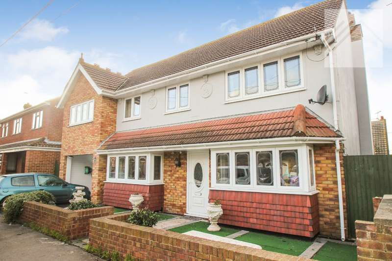 6 Bedrooms Detached House for sale in Beveland Road, Canvey Island