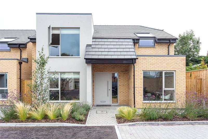4 Bedrooms Detached House for sale in Acer Close, Horsefair Street, Charlton Kings, GL53