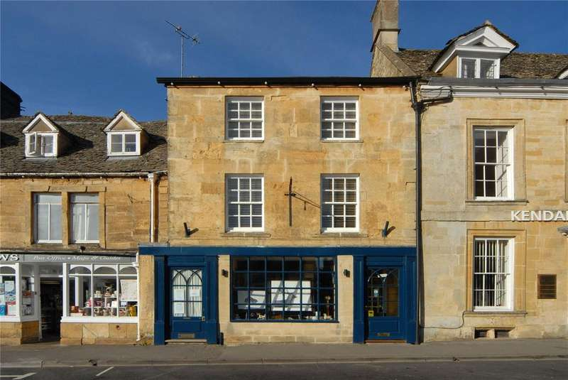 2 Bedrooms Unique Property for sale in The Square, Stow on the Wold, Cheltenham, Gloucestershire, GL54