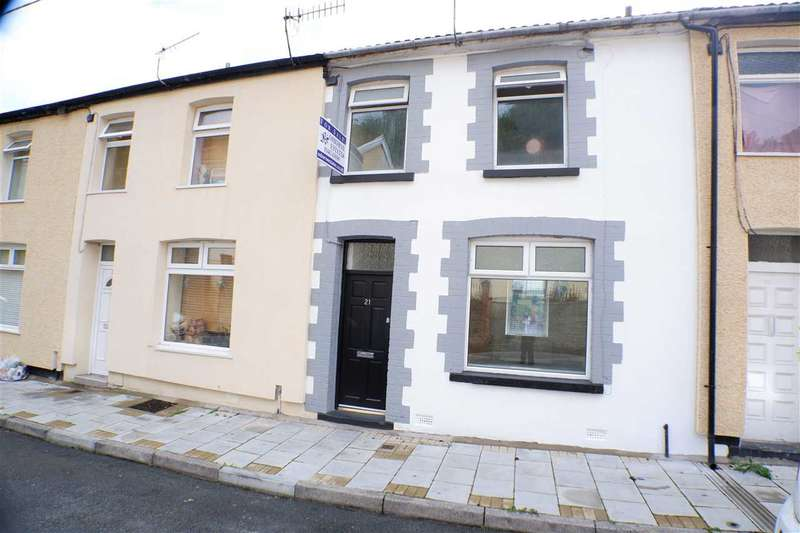 3 Bedrooms Terraced House for sale in Woodland Rd, Ferndale