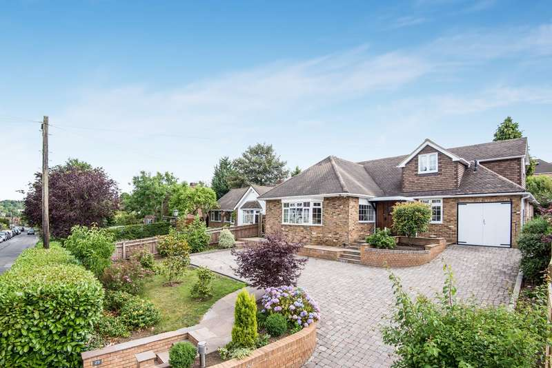 5 Bedrooms Detached House for sale in Deanway, Chalfont St Giles, HP8