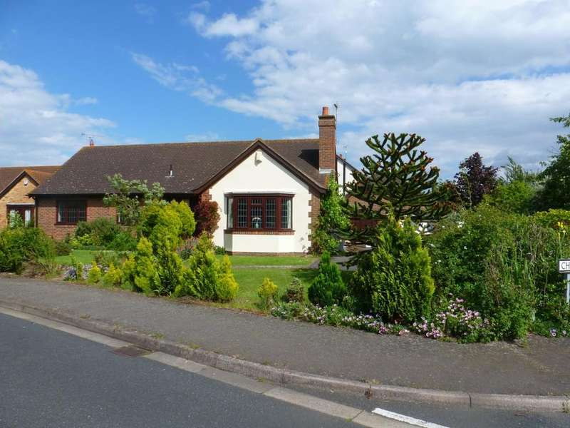 3 Bedrooms Detached Bungalow for rent in The Ridings Chestfield Whitstable CT5 3QE