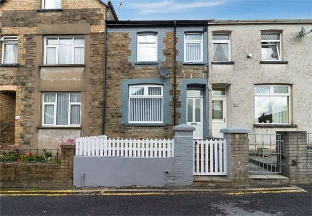 3 Bedrooms Terraced House for sale in Cromwell Street, Abertillery, Blaenau Gwent