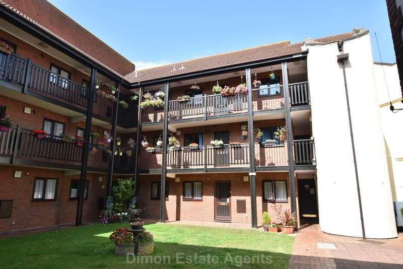 2 Bedrooms Retirement Property for sale in Alver Quay, Gosport