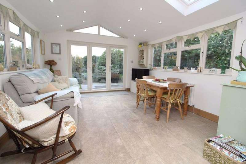 4 Bedrooms Detached House for sale in The cherry tree, Wootton Green, Mk43