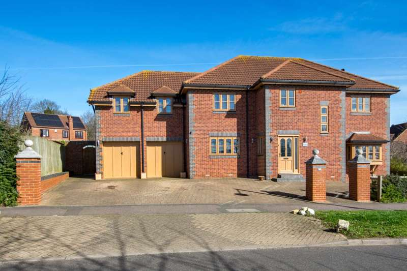 6 Bedrooms Detached House for sale in Gregories Drive, Milton Keynes