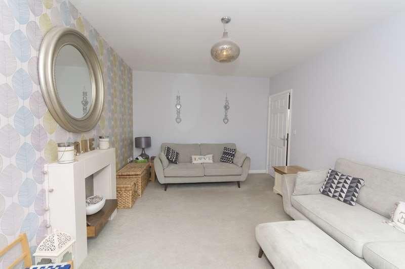 4 Bedrooms Property for sale in Uxbridge Lane Kingsway, Gloucester, Gloucestershire, GL2