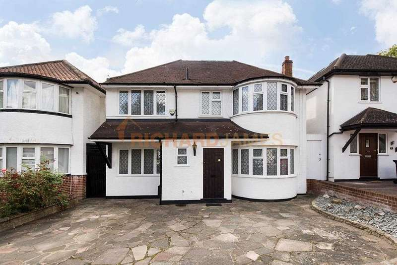 Property for sale in Lawrence Avenue, Mill Hill, NW7
