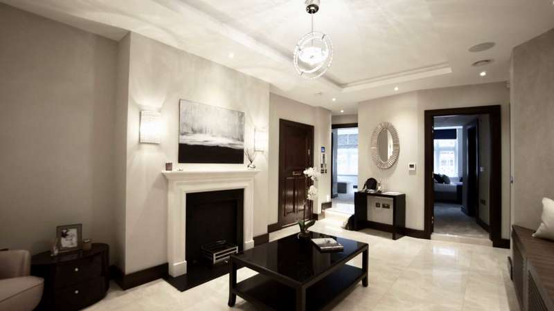 4 Bedrooms Apartment Flat for sale in Parkside, Knightsbridge, London