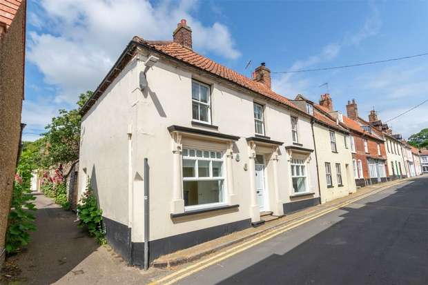 4 Bedrooms Semi Detached House for sale in Wells-next-the-Sea
