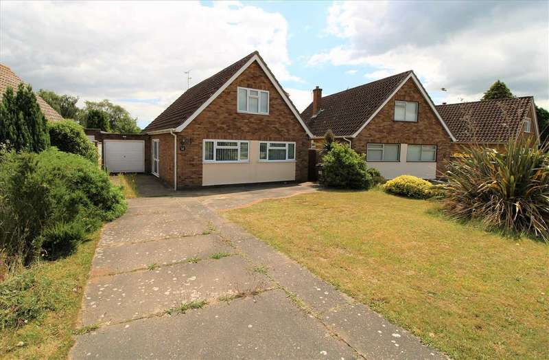 4 Bedrooms Bungalow for sale in Arundel Way, Ipswich