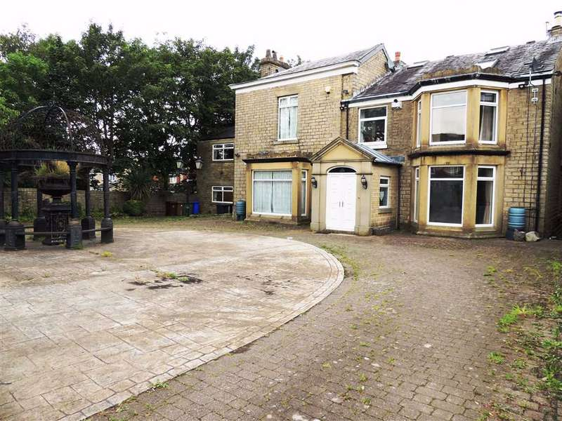 6 Bedrooms Detached House for sale in Howard Street, Millbrook, Stalybridge