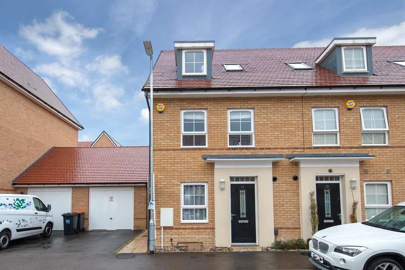 3 Bedrooms End Of Terrace House for sale in Bank Avenue, Dunstable, Bedfordshire