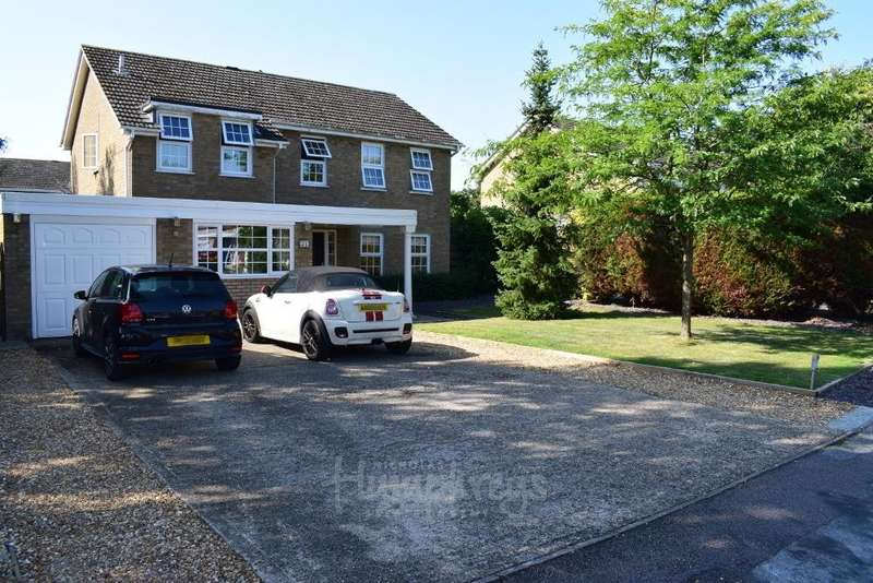 4 Bedrooms Detached House for sale in St. James Road, Little Paxton, St. Neots, Huntingdonshire