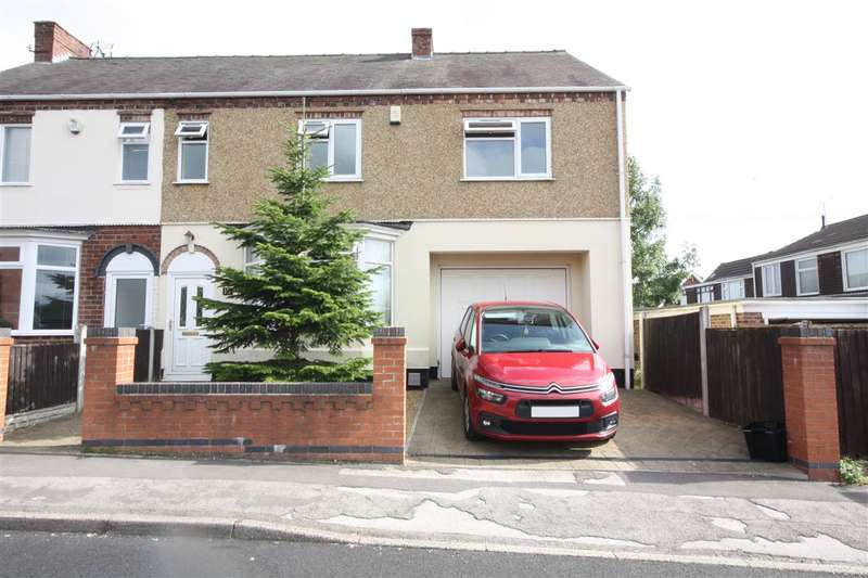 4 Bedrooms Semi Detached House for sale in Sandham Lane, Ripley