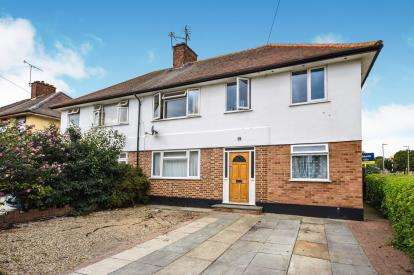 6 Bedrooms Semi Detached House for sale in Shoeburyness, Southend-on-Sea, Essex